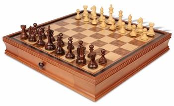 19_walnut_case_fkr350_chess_set_boxwood_view_1100x670__63098.1438559110.350.250