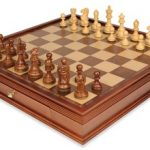 Deluxe Old Club Staunton Chess Set in Golden Rosewood & Boxwood with Large Walnut Chess Case – 3.75″ King