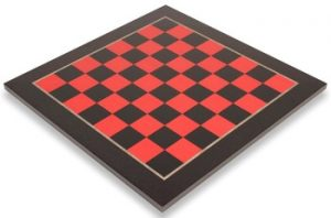 black_red_chess_board_full_view_1100x725__73984.1430335688.350.250