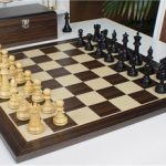 British Staunton Chess Set in Ebonized Boxwood with Macassar Chess Board & Box – 3.5″ King