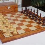 British Staunton Chess Set in Rosewood & Boxwood with Rosewood Chess Board & Box – 3″ King