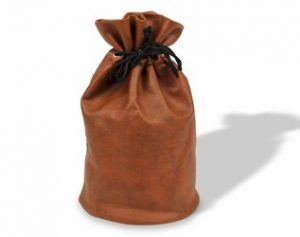 chess_bag_brown_leatherette_drawstring_bag_800__41449.1433446385.350.250