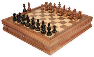 chess_sets_17_walnut_case_fierce_knight_ebonized_gr_gr_view_1400x850__83362.1447986588.350.250