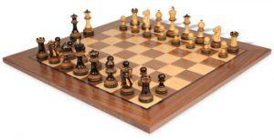 chess_sets_standard_walnut_parker_burnt_boxwood_boxwood_view_1400x720__28887.1449519742.350.250