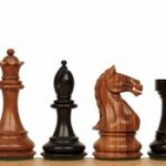 Fierce Knight Staunton Chess Set in Ebonized Boxwood & Golden Rosewood – 4″ King