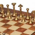 italfama_chess_set_15b_elm_root_board_brass_pieces_closeup_1100__99386.1430865350.350.250