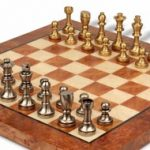 italfama_chess_set_40b_elm_root_board_brass_zoom_1200x650__96737.1430865362.350.250
