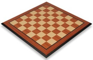 mahogany_molded_chess_board_full_view_1100x720__81127.1430335659.350.250