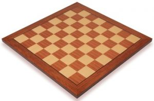 mahogany_value_chess_board_full_1100x725__85998.1430335699.350.250