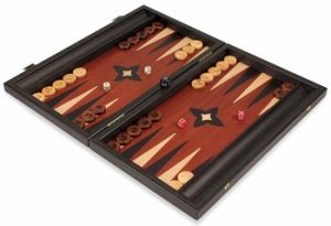 manopoulos_backgammon_set_black_red_small_setup_1100__84437.1440459245.350.250