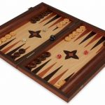 Manopoulos Olive Wood & Oak Backgammon Set – Medium