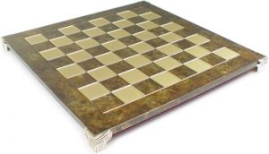 manopoulos_brown_chess_board_800__22311.1430514167.350.250