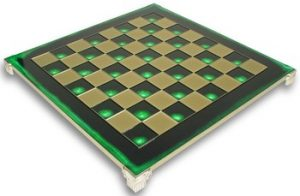 manopoulos_green_chess_board_900__78586.1430514169.350.250