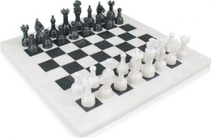 marble_chess_set_standard_white_onyx_black_800__73539.1437949100.350.250