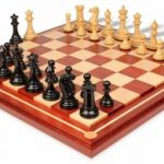 Grande Staunton Chess Set in Ebony & Boxwood with Mission Craft Padauk Chess Board – 4″ King