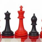 Crown Plastic Chess Set Black & Red Pieces – 4″ King