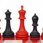 Zukert Plastic Chess Set Black & Red Pieces – 4.25″ King