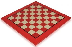 red_erable_chess_board_full_view_1100x725__50338.1430335692.350.250