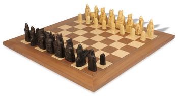 sac_chess_set_isle_of_lewis_deluxe_walnut_full_view_light_pieces_1200__26469.1434648325.350.250
