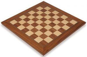 walnut_deluxe_chess_board_full_view_1100x725__79468.1430328783.350.250