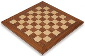 walnut_deluxe_chess_board_full_view_1100x725__79817.1430335665.350.250