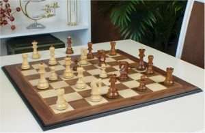 walnut_molded_chess_sets_orsdp_play_800__78481.1438790387.350.250