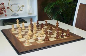 walnut_molded_chess_sets_sgsdp_play_800__21305.1438790391.350.250