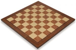 walnut_value_chess_board_full_1100x725__01636.1441396228.350.250