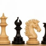 Wellington Staunton Chess Set in Ebony & Boxwood- 4.25″ King